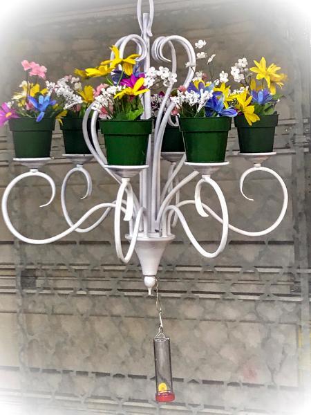 Garden Chandelier (White)